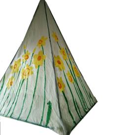 daffodil lantern